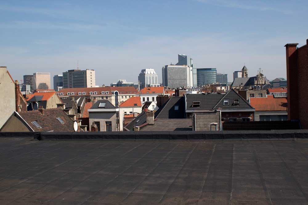 empty roof Lepage